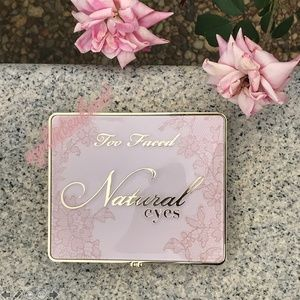 Too Faced Makeup - 🌸TOO FACED Natural Eyes Eyeshadow Palette
